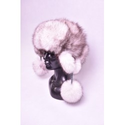 Ušianka polárna líška s brmbolcami , pravá kožušina
