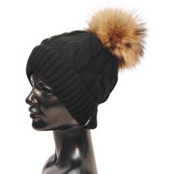 Pletená dámska čiapka s brmbolcom z pravej kožušiny , mýval